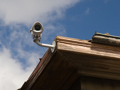 A San Jose councilman wants residents to crowdsource surveillance footage to make it easier for police to catch criminals. (Photo by wonderferret, via Flickr)