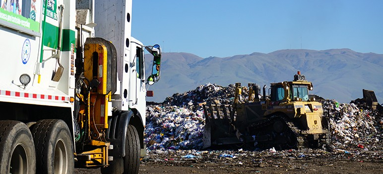 Bulldozers and compactors level and crush un-recyclable trash at Newby Island landfill. (Photo by Jennifer Wadsworth)