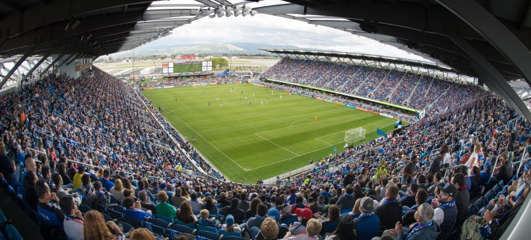 An offer by the San Jose Earthquakes may help settle a lawsuit filed by a youth soccer league against the NFL and the city of Santa Clara. (Photo by John Todd/isiphotos, courtesy of San Jose Earthquakes)