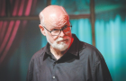 MNL host and state Sen. Jim Beall didn't play around—OK, maybe a little bit. (Photo by Greg Ramar)