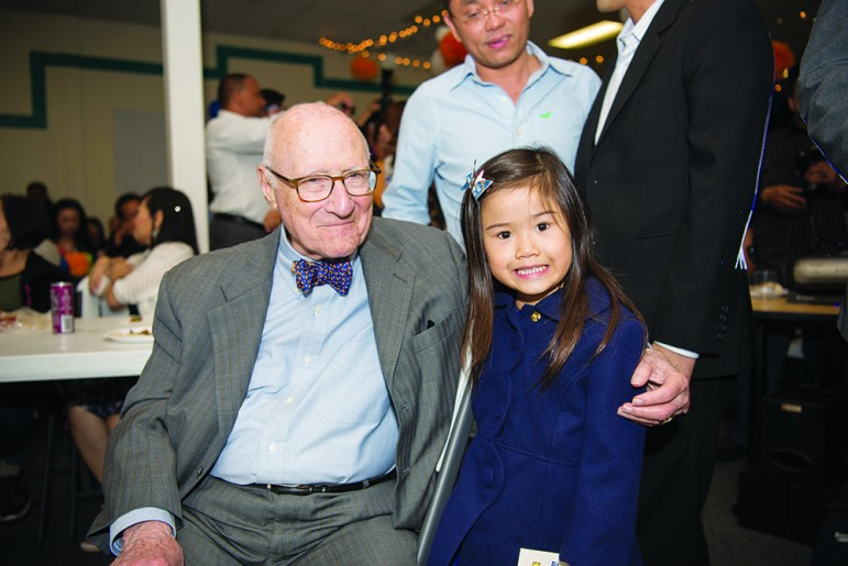 Nonagenarian Bob Kieve (left) and Madison Nguyen's 4-year-old daughter, Olivia, nine decades his junior. (Photo by Jessica Perez)