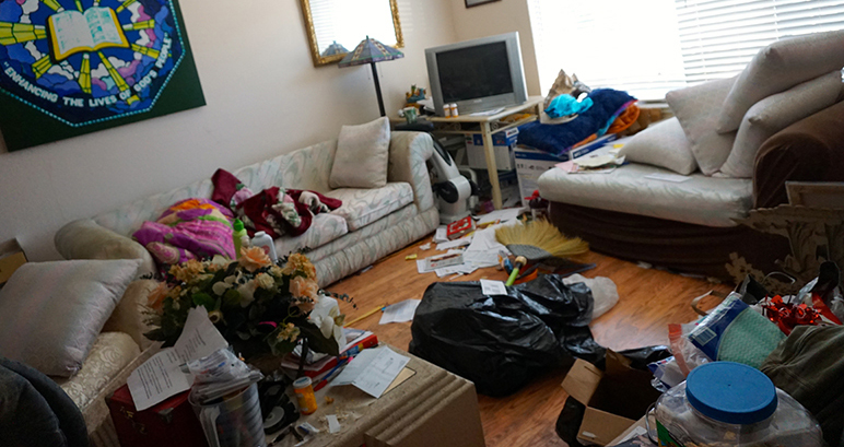 Inside a boarding house for mentally ill tenants a month before their eviction. (Photo by Jennifer Wadsworth)